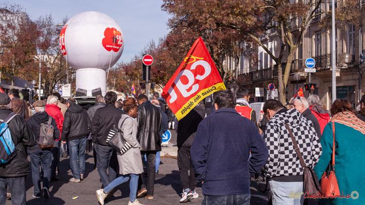 CGT Caisse des dépôts. Manifestation intersyndicale contre les réformes libérales de Macron. Cours d'Albret, Bordeaux, 16/11/2017