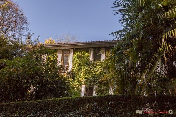 Habitat vernaculaire. Avenue Pierre Larquey, Cénac, Gironde. 16/10/2017