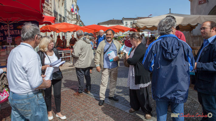 Tractage des Insoumis de la 12ème circonscription de la Gironde au marché de Créon, 14 juin 2017