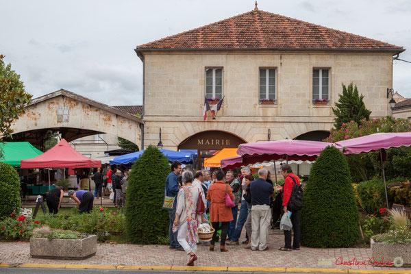 Marché bio de Targon, 4 juin 2017, en présence de Christophe Miqueu et Nathalie Chollon-Dulong, candidats la France insoumise aux élections législatives