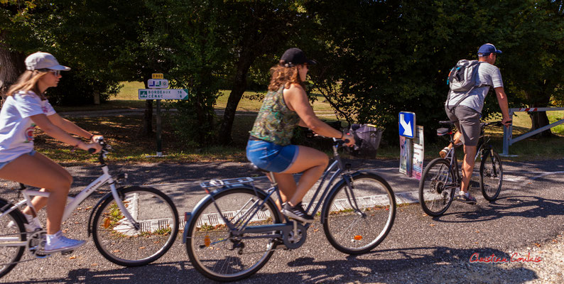"""""""Encore 6km"""" De Sadirac à l'ancienne gare de Citon-Cénac; 5km. Ouvre la voix, dimanche 5 septembre 2021. Photographie © Christian Coulais"""