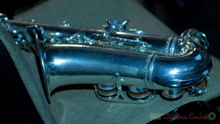 Saxophone ténor. Pause du Conservatoire Jacques Thibaud, section MMA. Festival JAZZ360 2011, Les coulisses du Festival à Cénac. 03/06/2011