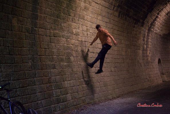"""""""Spiderman 1"""", tunnel ferroviaire de la Sauve. Festival Ouvre la voix, piste cyclable Roger Lapébie, samedi 4 septembre 2021. Photographie © Christian Coulais"""