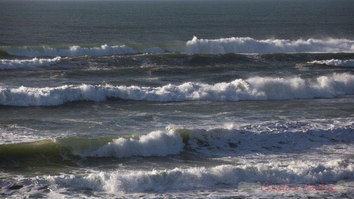 Effets de vagues. Biscarrosse océan, plage du Vivier, Landes. 21 février 2016