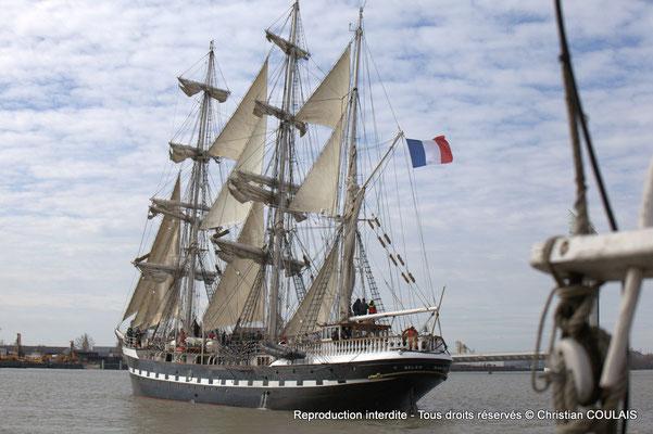 D Le Belem (1896) est le dernier trois-mâts barque français à coque acier, un des plus anciens trois-mâts en Europe en état de navigation et le second plus grand voilier restant en France. Bordeaux, samedi 16 mars 2013