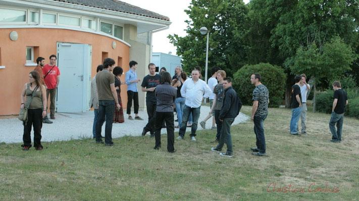 Pause du Conservatoire Jacques Thibaud, section MMA. Festival JAZZ360, Les coulisses du Festival à Cénac. 03/06/2011