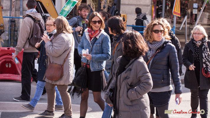 15h12 Les dernières manifestantes du corttège intersyndical de la Fonction publique/cheminots/retraités/étudiants, place Gambetta, Bordeaux. 22/03/2018
