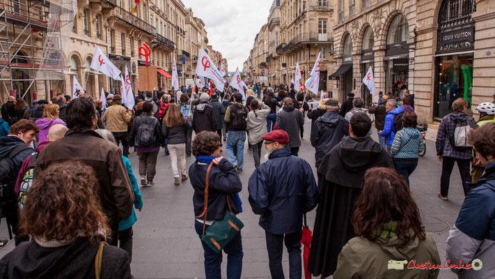 11h09 La France insoumise descend le cours de l'Intendance, Bordeaux. 01/05/2018