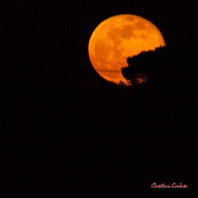 Super lune. Mercredi 8 avril 2020, 21h31mn25s. Cénac, Gironde, France.