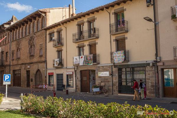 Façade de maisons, 8-10, Calle Mayor, Sangüesa, Navarra