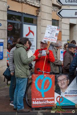 """""""A bas les chats ! Vivent les InsouRis !"""" Manifestation du 1er mai 2017, avec la France Insoumise, cours d'Albret, Bordeaux"""