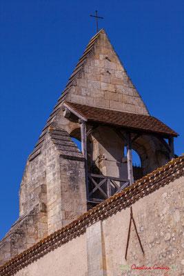 L'arrière du clocher-mur, qui abrite deux cloches. Eglise Saint-André, Cénac. 10/02/2018