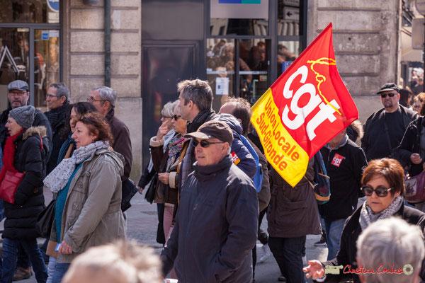 14h29 CGT Sud-Gironde. Manifestation intersyndicale de la Fonction publique/cheminots/retraités/étudiants, place Gambetta, Bordeaux. 22/03/2018