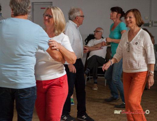"""""""Les bénévoles entrent dans la danse"""" Richard et Marie Raducanu, Pierre et Jocelyne Cazenave, le Grand Bal du Parti Collectif. Festival JAZZ360 2019, Latresne, 09/06/2019"""