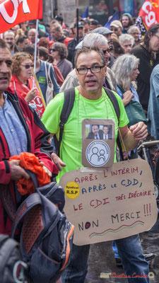 """""""Après l'intérim, après le CDD, le CDI très précaire. Non Merci ! ! !"""" Manifestation contre la réforme du code du travail. Place Gambetta, Bordeaux, 12/09/2017"""