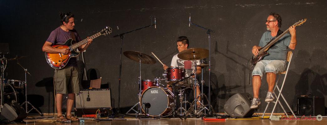 Javier Fernandez, Joris Seguin. L'Internacional Jazz Trio. Concert de soutien des Insoumis de la 12ème circonscription de la Gironde. 28/05/2017, Targon