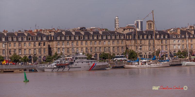 Ponton d'honneur et embarcadère des Quinconces, avec le Seudre DF 32, Zénobe Gramme. Bordeaux, 22/06/2019 Reproduction interdite - Tous droits réservés © Christian Coulais