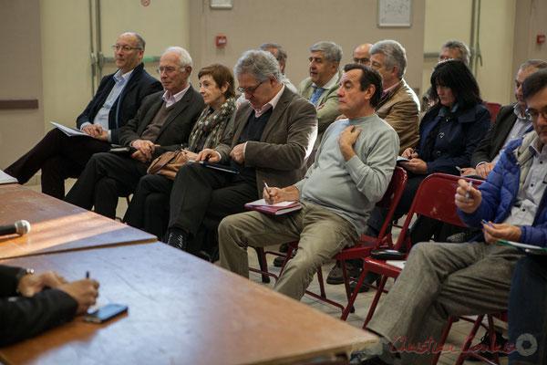 Au centre, Alain Bargue, Maire de Bonnetan