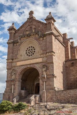 Basilique construite au XIXème siècle, Javier, Navarre / Basílica construida en el siglo XIX, Javier, Navarra