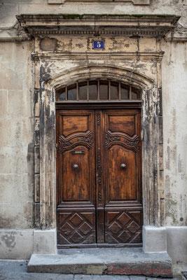 14 Porte double battant d'hôtel particulier, Arles