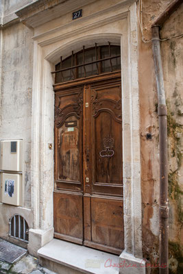 11b Porte double battant d'hôtel particulier, Arles