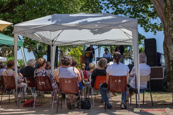 Malgré la chaleur, un public attentif. Soul Jazz Rebels. Festival JAZZ360, 10 juin 2017, Camblanes-et-Meynac
