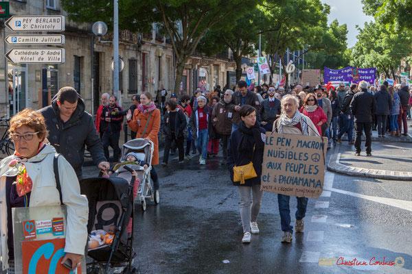 """""""Le Pen, Macron nuisibles aux peuples et à Pachamama. Halte à 'écocide planétaire !"""" Manifestation du 1er mai 2017, avec la France Insoumise, cours d'Albret, Bordeaux"""