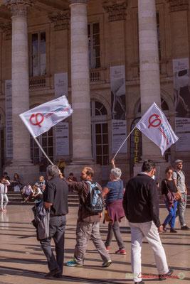 """""""Les insoumis, ce n'est pas la comédie !"""" Manifestation intersyndicale de la Fonction publique, place de la Comédie, Bordeaux. 10/10/2017"""