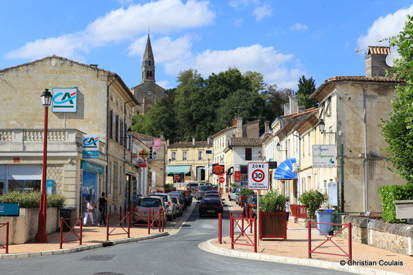Avenue de la Libération. Latresne, Gironde