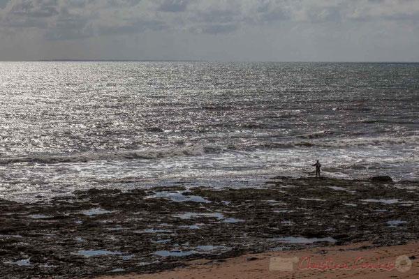 Pêche à la ligne. Aux environs de la Baillette, Corniche Vendéenne, Vendée, Pays de la Loire