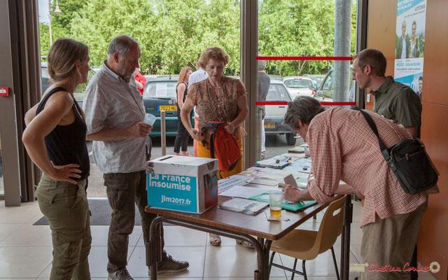 Parrainage au comité de soutien et dons. Concert de soutien des Insoumis de la 12ème circonscription de la Gironde. 28/05/2017, Targon
