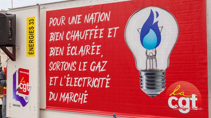 """""""Sortons le gaz et l'électricité du marché"""" Manifestation intersyndicale, Bordeaux, mardi 5 octobre 2021. Photographie © Christian Coulais"""