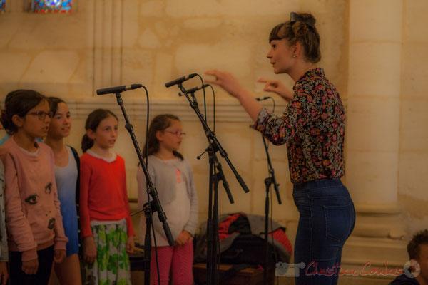 Caroline Turtaut, chef de cœur de la Chorale jazz, TAP de l'école de Cénac, 10/06/2016