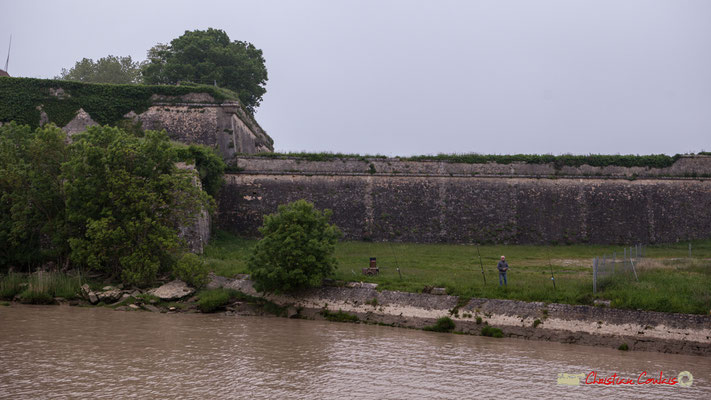 Fortification et murs d'enceinte de la Citadelle de Blaye, construite par Vauban. Visite de l'île Nouvelle. 06/05/2018