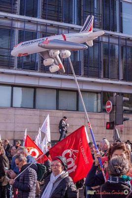 CGT Air France. Manifestation intersyndicale contre les réformes libérales de Macron. Cours d'Albret, Bordeaux, 16/11/2017