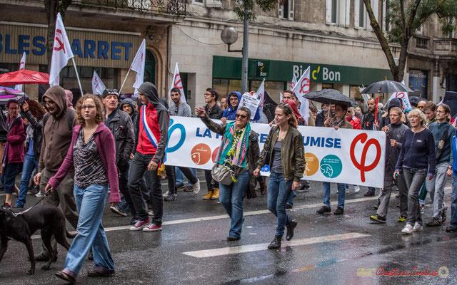 """""""La victoire c'est par là, mais le chemin sera long"""" La France Insoumise. Manifestation contre la réforme du code du travail. Cours d'Albret, Bordeaux, 12/09/2017"""