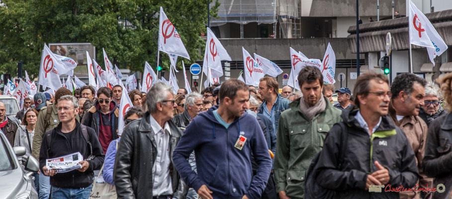 Selon les estimations, 350 à 500 personnes représentaient la France Insoumise dans ce cortège. Manifestation contre la réforme du code du travail. Rue Georges Bonnac, Bordeaux, 12/09/2017