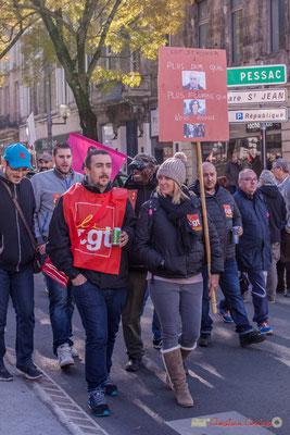 """CGT Stryker """"Plus dur que...plus fourbe que...nous avons..."""". Manifestation intersyndicale contre les réformes libérales de Macron. Cours d'Albret, Bordeaux, 16/11/2017"""