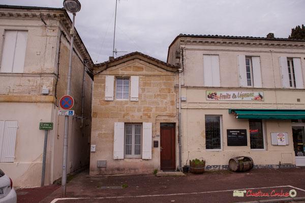 Maison au mur pignon en façade (époque Consulat), Avenue de la République, Cénac, Gironde. 13/01/2018