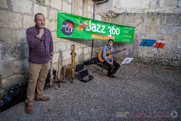 Francis Henry explique à l'auditoire la famille des saxophones. 13/05/2016