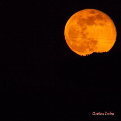 Super lune. Mercredi 8 avril 2020, 21h33mn14s. Cénac, Gironde, France.