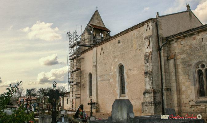 Façade sud. Rénovation de l'auvent du clocher-mur de l'église Saint-André, Cénac. 10/02/2018