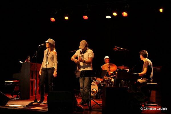 Olinka Mitroshina, Frédéric Borey, Eric Pérez, Hervé Saint-Guirons; Olinka Mitroshina Quartet, Festival JAZZ360 2011, Cénac. 01/06/2011