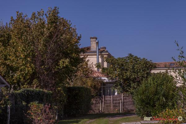 Point de vue sur le Domaine de Raffy. Avenue de Guyenne, Cénac, Gironde. 16/10/2017