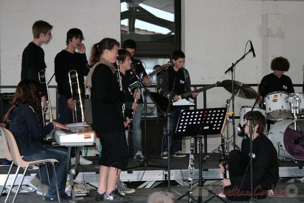 Duo de guitares. Big Band Jazz du Collège Eléonore de Provence, de Monségur (promotion 2010). Festival JAZZ360 2010, Cénac. 12/05/2010
