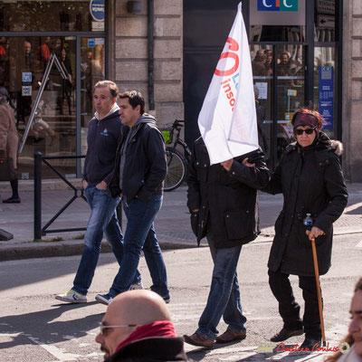 15h08 La France insoumise. Manifestation intersyndicale de la Fonction publique/cheminots/retraités/étudiants, place Gambetta, Bordeaux. 22/03/2018