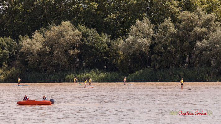 Sortie en paddle sur la Garonne. Bordeaux fête le fleuve. 22/06/2019 Reproduction interdite - Tous droits réservés © Christian Coulais