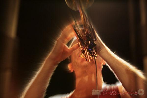 "Médéric Collignon, cornettiste international; Médéric Collignon ""Jus de Bocse"". Festival JAZZ360 2011, Cénac. 04/06/2011"