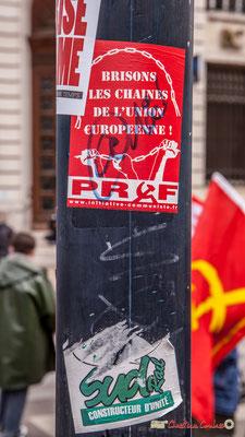"""11h20 www.initiative-communiste.fr """"Brisons les chaînes de l'Union €uropéenne !"""" Place de la Comédie, Bordeaux. 01/05/2018"""