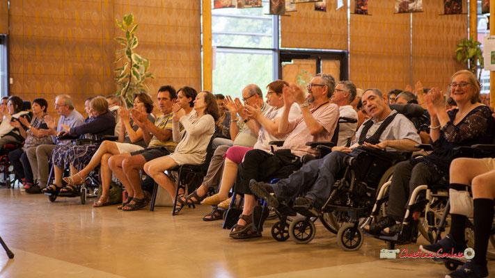 Aplaudissements chaleureux au concert de Belzaii. JAZZ360 / Handivillage 33, Camblanes-et-Meynac, 14/09/2019